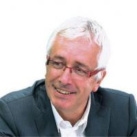 Portrait de Gilles Pialoux